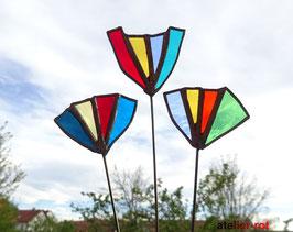 3 Blumen aus Tiffany Glas Gartenstecker
