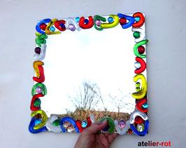 Spiegel mit Mosaik aus bunten Glasnuggets hippie style