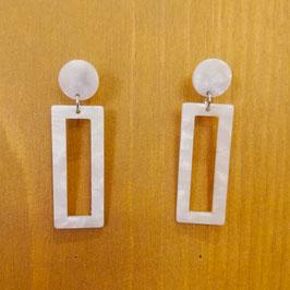 Boucles d'oreilles rectangles écailles blanches nacrées