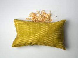 """Kissen """"gelbe Raute"""" mit Zirbenholzflocken"""