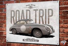 """Artwork Porsche 356 grise """" road trip"""" imprimée sur plaque métal décorative, illustration Christophe Clérici, déco garage vintage & classic par Déco Bolides."""