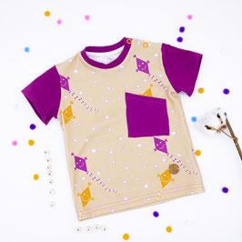T- Shirt Drachen steigen mit Brusttasche
