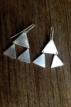 Staying Alive earrings silver
