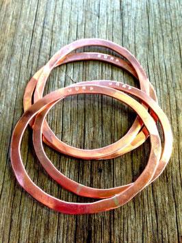 Hammered copper JUMP bangle