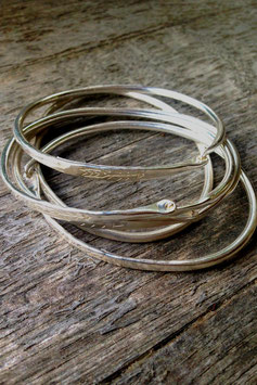 Spring Cave Bangle silver