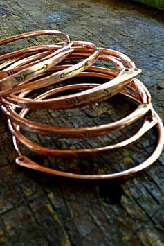 """Spring Clip """"Cave' Bangle Copper"""