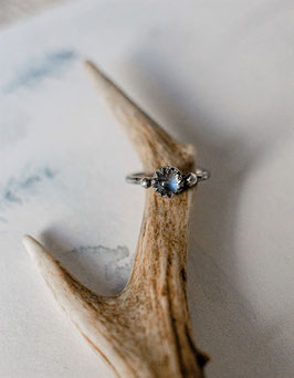 "ring ""mini full moon"""
