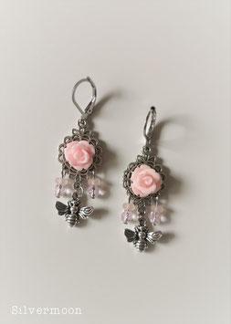 Ohrringe rosa Rosen mit Bienen