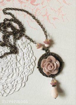 Kette Messing, grosse Rose altrosa