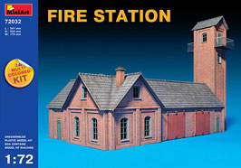 MINIART 72032  FIRE STATION 1:72