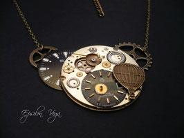 Collier composition de montres anciennes