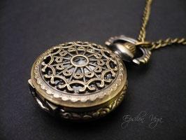 Mini montre pendentif dentelle bronze