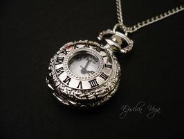 Mini montre pendentif argentée