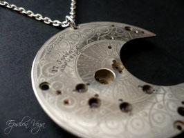 Collier sautoir lune acier