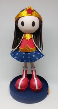 Zoé déguisée en Wonder Woman