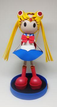 Zoé déguisé en Sailor Moon