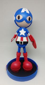 Niño disfrazado de Capitan America