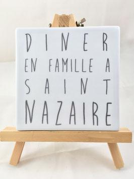"""Dessous de Plat Carré """"Petit Dîner en famille à..."""""""