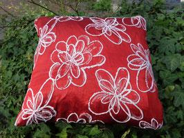 Kissenhülle Blumen in rot-weiß, Gr. 40 x 40 cm , Gr.50 x 50 cm