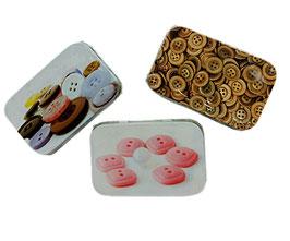 Blechdose zur Aufbewahrung von Krimskrams, retro, rechteckig, klein, Deckel mit Knopfmotiv