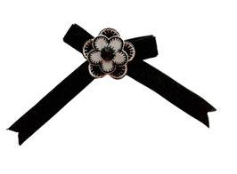 Brosche mit Samtschleifchen, schwarz-weiß, bestickte Blume, 1 Stück