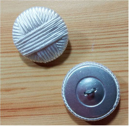 2 Stück, Designer Knopf, Farbe weiß, 40 mm