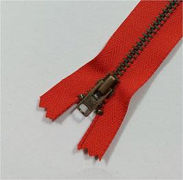 YKK Jeans-Metallreißverschluss, verschiedene Länge, Farbe rot Nr. 820, 1 Stück