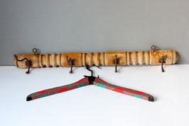 Rustikale Garderobe aus Holz mit 4 Haken Vintage / coat rack wall hooks Shabby