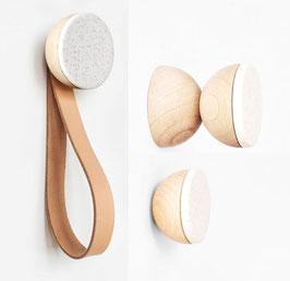Dot Kleiderhaken aus Holz und weißer Keramik | wall hook white ceramic | Minimal Nordic Style