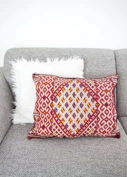 Berber Pillow 'Touch Of Pink'