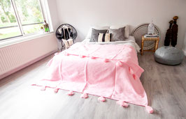 SOLD OUT - Pompom Blanket 'Pink'