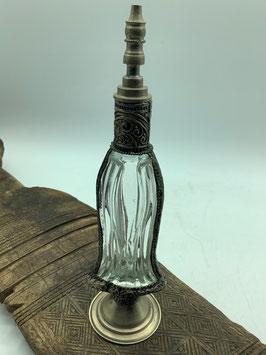Parfümflacon aus mundgeblasenem Glas mit versilberter Kupferlegierung  (Bestell-ID 57004)