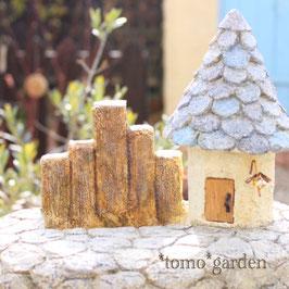 石畳のモルタルハウス