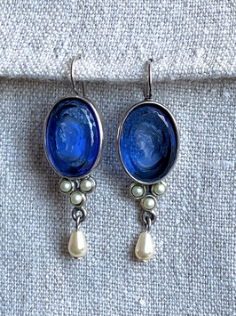 Silber blau mit Perlen