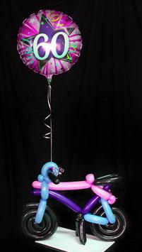 Fahrrad aus Luftballons mit Geburtstagszahl
