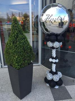 """""""Herzlich Willkommen"""" Ballon-Säule schwarz/weiß"""