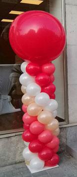 Ballonsäule mit Riesenballon