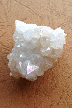 アジャンタ産天然レインボー水晶原石