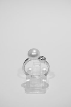 Rings with pearls #1