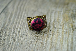 Vintage Ring Dark Dreams