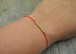Armbändchen mit goldenen Kugeln rotes Armband