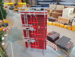 Hängegerüst mit  Leitergang,  Concrete Scaffolding with Ladder  1:50!