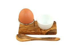 Eierbecher mit Eierlöffel und Porzellanschale