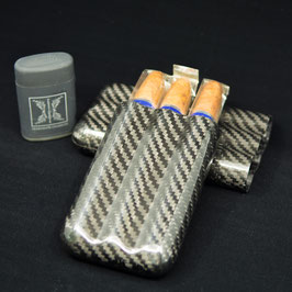 Carbon-Etui, Torpedos und Feuerzeug