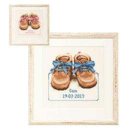 Borduurpakket met Baby schoentjes.