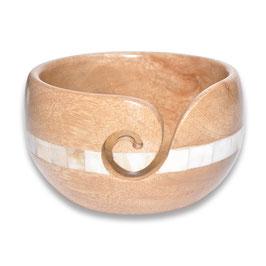 Durable houten yarn bowl laag model met een witte ring in het midden