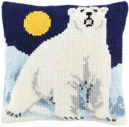 Kruissteek kussen met een ijsbeer