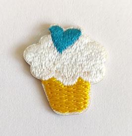 Cupcake met een blauw hartje applicatie zelfklevend