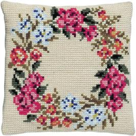 Bloemenkrans kruissteek borduurkussen