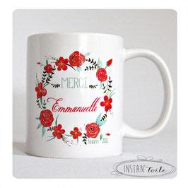 MUG Couronne de fleurs rouge et vert avec votre texte
